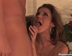 Slutty Kayla gets pounded